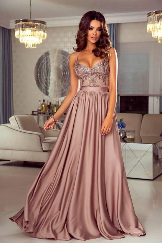 długa sukienka na wesele na ramiączkach
