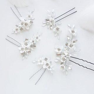 wsuwki z kwiatami dla panny młodej
