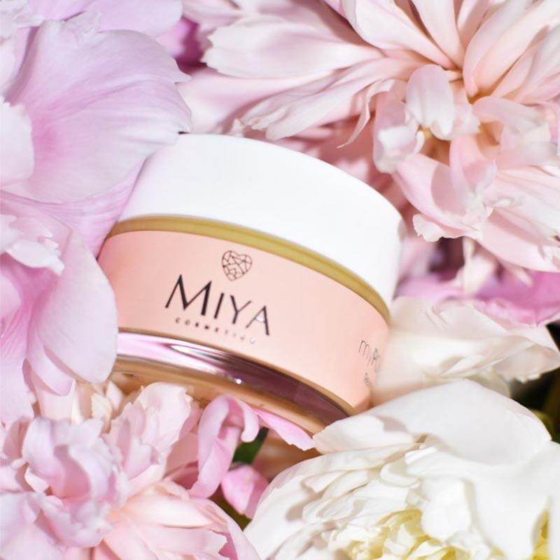 Domowe SPA dla skóry twarzy: Miya