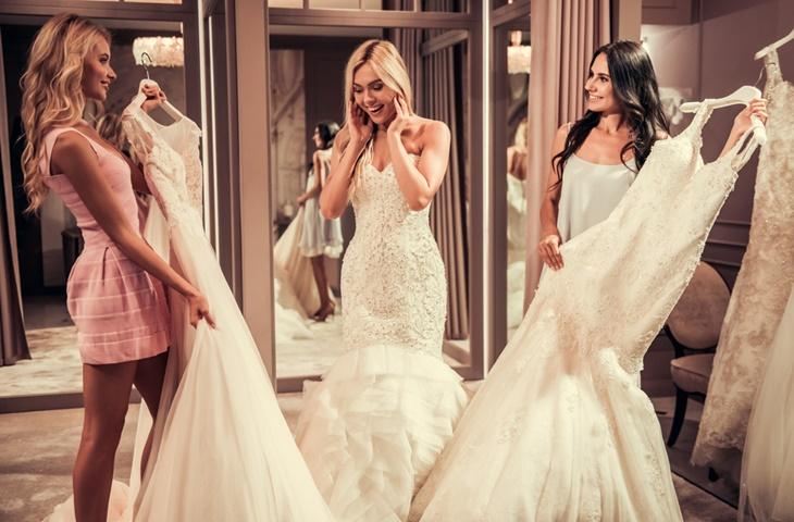 Dwie suknie ślubne - zdjęcie 7