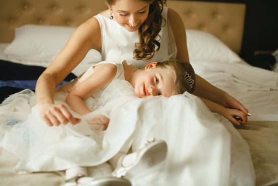 dzieci pary młodej na weselu - zdjęcie 4