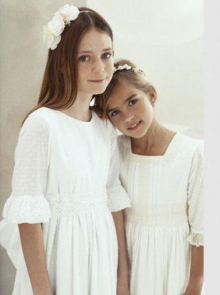 Fryzury na wesele dla dziewczynek - proste włosy