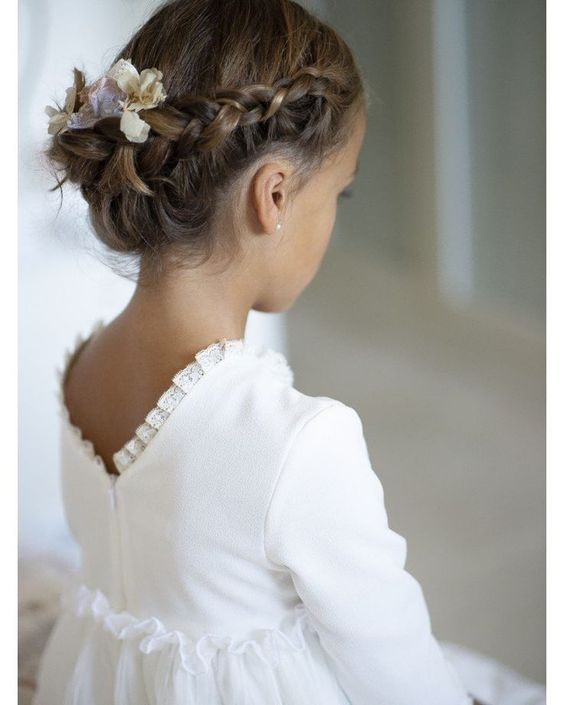 Fryzury Na Wesele Dla Dziewczynek Piękne Uczesania Które