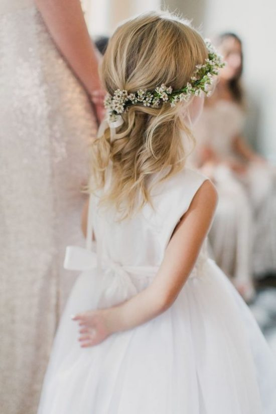 Fryzury na wesele dla dziewczynek - zdjęcie 18