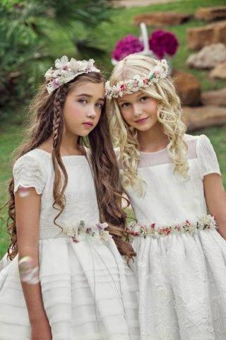 Fryzury na wesele dla dziewczynek - mini warkoczyk