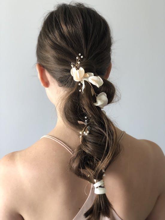fryzura ślubna długie włosy