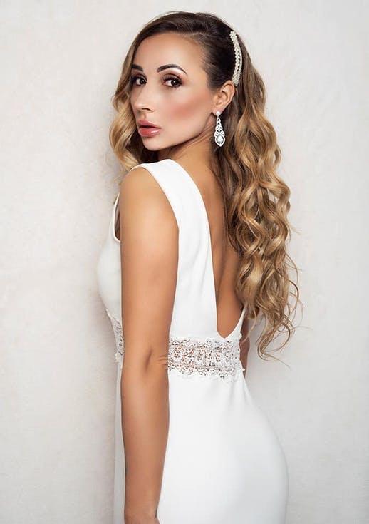 fryzura ślubna ze spinką