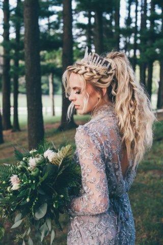 Fryzury ślubne w stylu boho 2020
