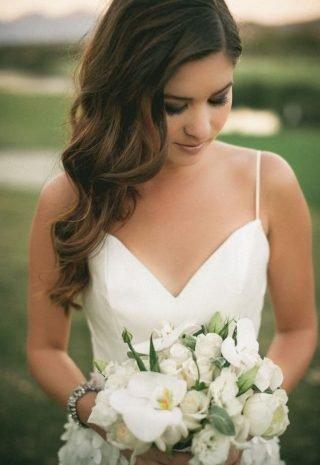 Fryzury ślubne 2020 - piękne fale