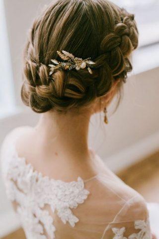 Fryzury ślubne dla cienkich włosów - warkocze