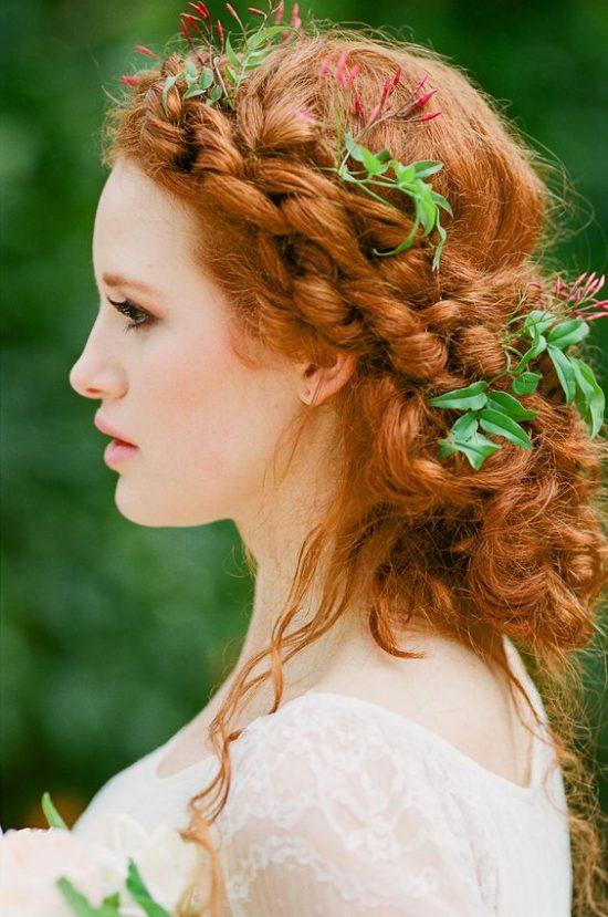 Fryzury ślubne dla rudych włosów - 19