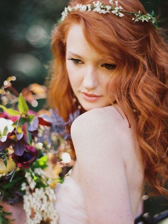 Fryzury ślubne dla rudych włosów - 21