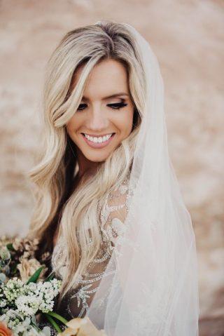 Fryzury ślubne z rozpuszczonych włosów - 9