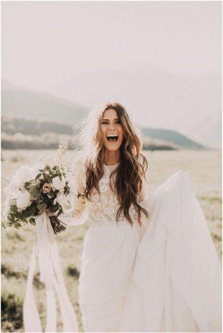 Fryzury ślubne z rozpuszczonych włosów - 3