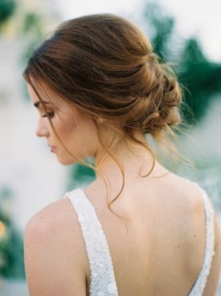 modne fryzury na wesele 2020