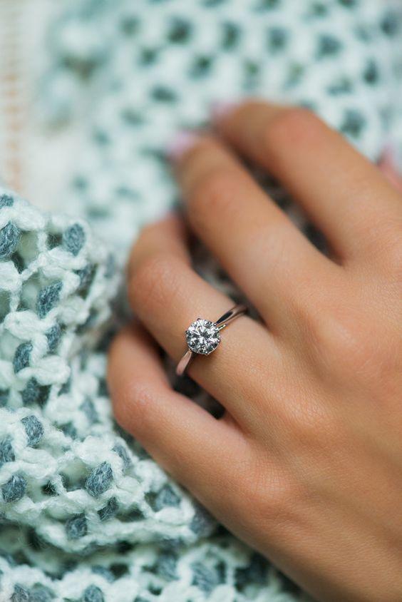 Jak Dobrać Rozmiar Pierścionka Zaręczynowego Weddingpl Radzi