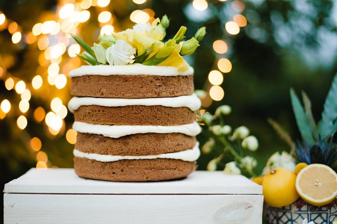 Jak oszczędnie zorganizować ślub i wesele - torty i słodkości