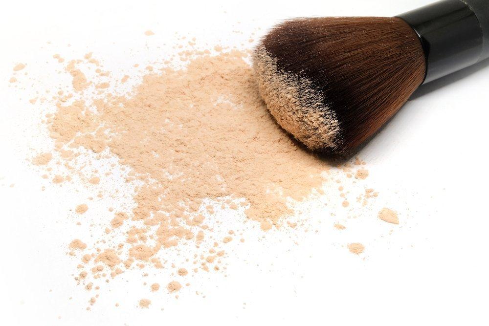 Jak przedłużyć trwałość makijażu ślubnego - kosmetyki