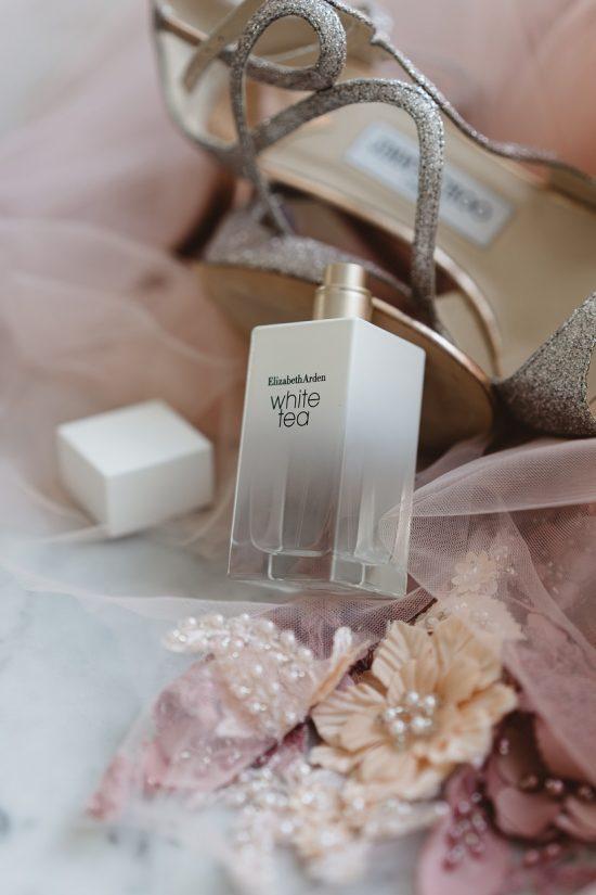 Jak wybrać perfumy na ślub - Elizabeth Arden x Wedding.pl