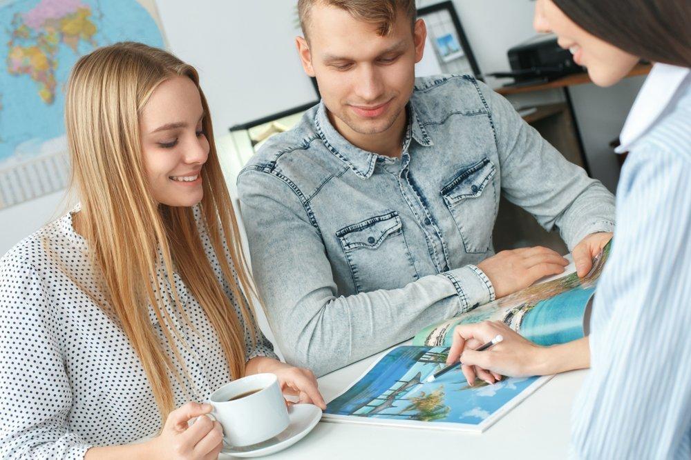Jak zorganizować podróż poślubną - biuro podróży