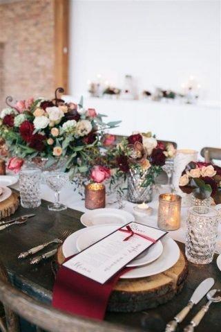 Jesienne dekoracje weselne – Jesień na stołach
