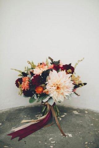 Jesienne dekoracje weselne – bukiet ślubny