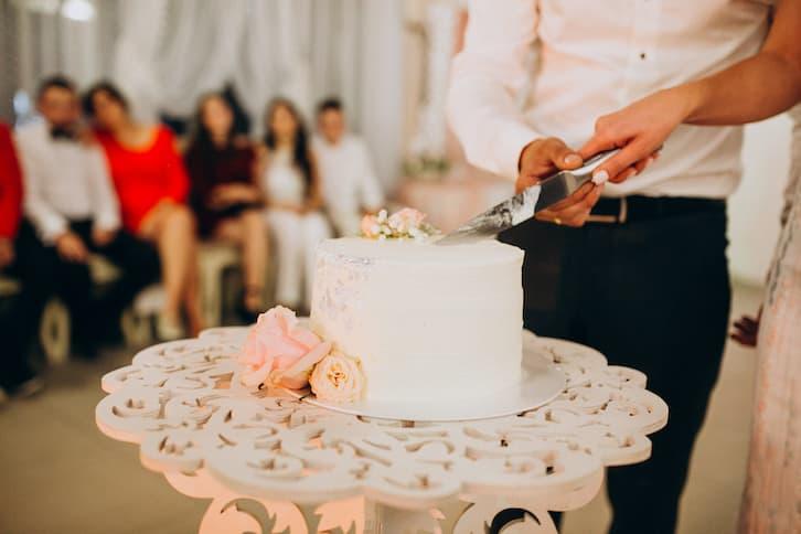 tort weselny teledysk ślubny