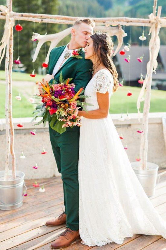 Kolorowe garnitury ślubne - zdjęcie 9