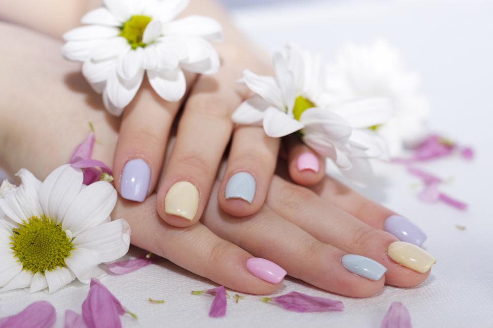manicure ślubny - zdjęcie 1