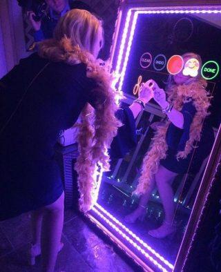 Lustrzane fotobudki - najnowszy trend w atrakcjach weselnych - zdjęcie 5