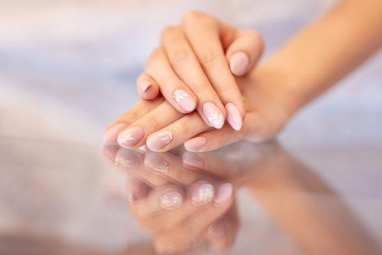 Makijaż i manicure dla Mamy Panny Młodej - zdjęcie 1