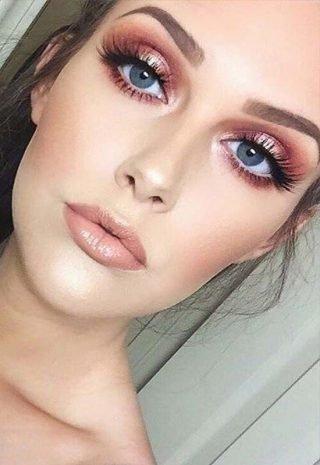 Złocisty makijaż ślubny