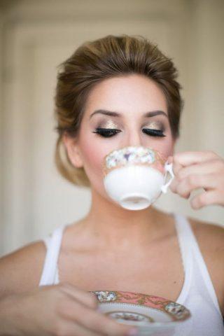 Złoto w makijażu ślubnym oczu