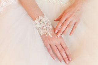 Manicure ślubny 2020 - trendy paznokcie