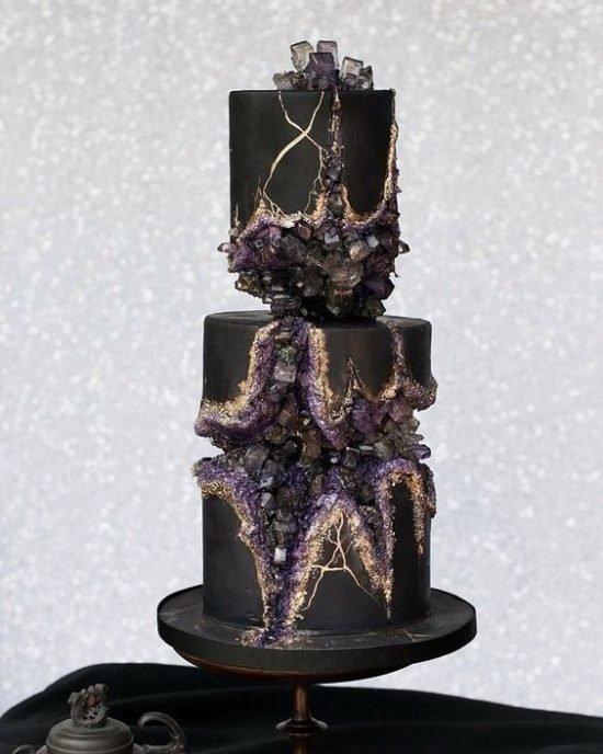 Czarny tort weselny z efektem 3D