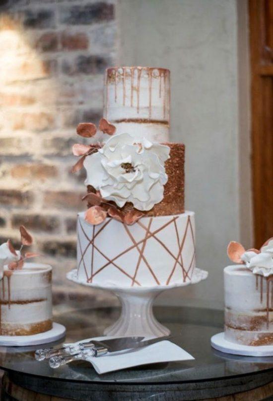 Tort weselny o geometrycznych kształtach