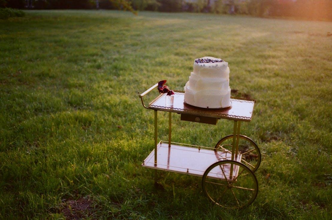 wózek na tort weselny