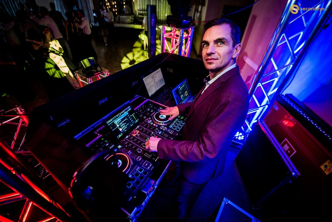 DJ weselny DJ CoSmO