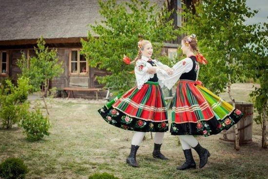 sale weselne w stylu folkowym