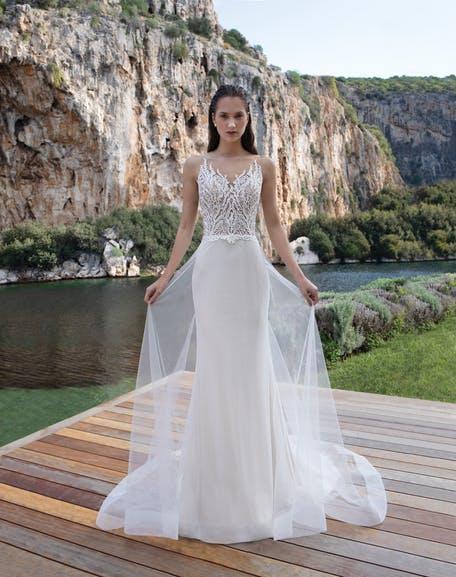 najpiękniejsze suknie ślubne 2020 - Destination Romance