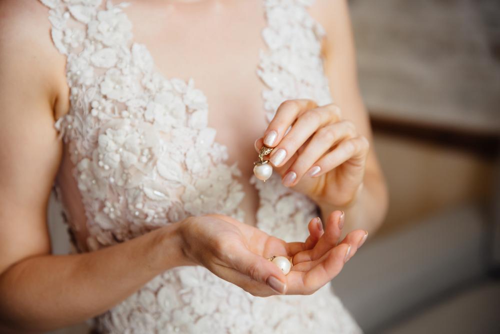naturalny manicure ślubny - zdjęcie 1