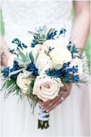niebieskie bukiet ślubny