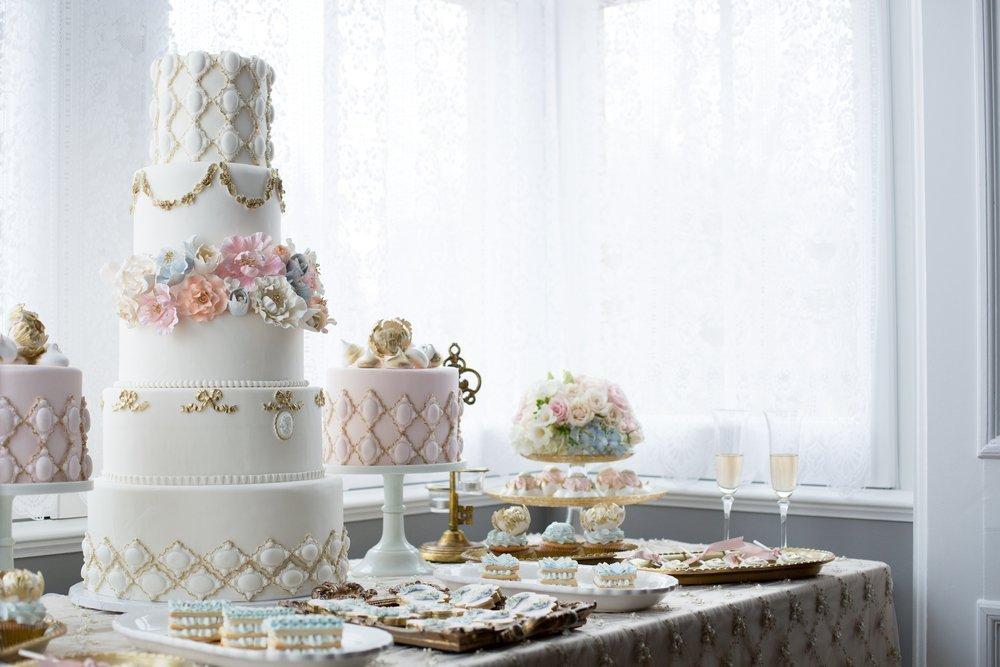 Trendy ślubne 2020: torty weselne
