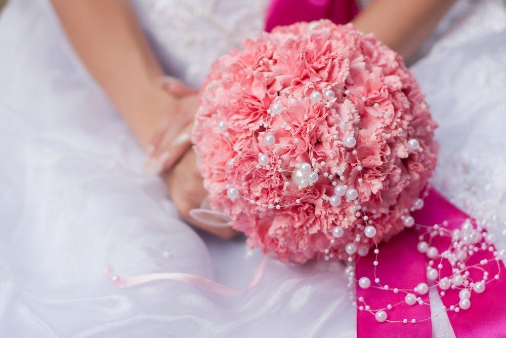 Trendy ślubne 2020: personalizowany bukiet ślubny