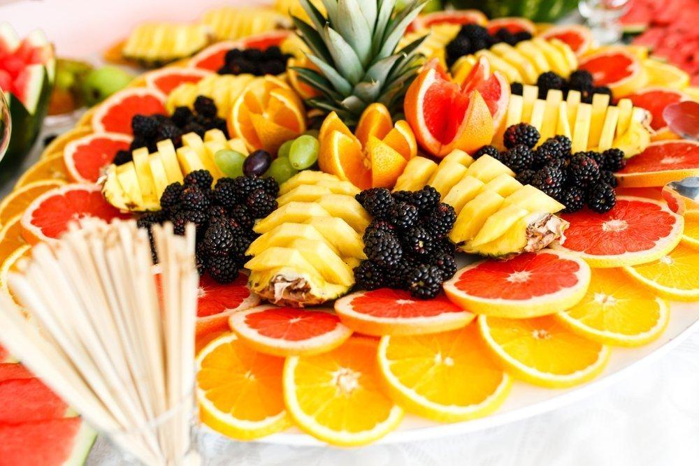 owoce na weselu - zdjecie 1