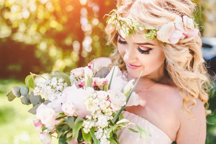 przyjęcie weselne panna młoda w stylu rustykalnym
