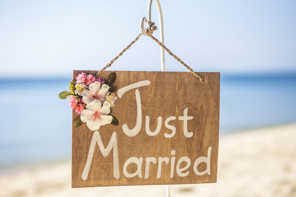 Paszport na nazwisko panieńskie, a podróż poślubna - zdjęcie 1