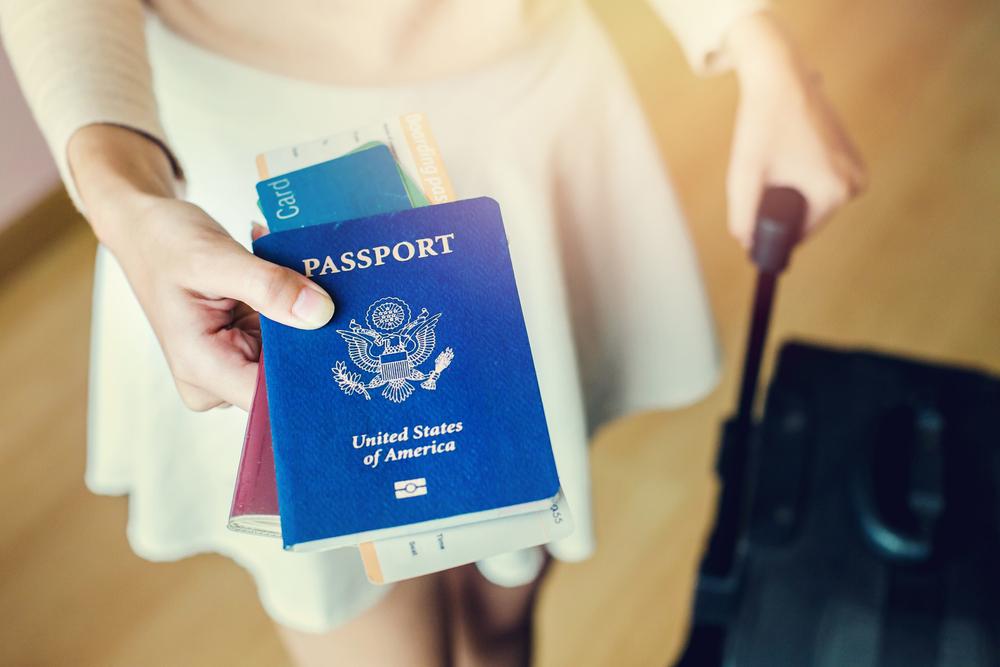 Paszport na nazwisko panieńskie, a podróż poślubna - zdjęcie 3