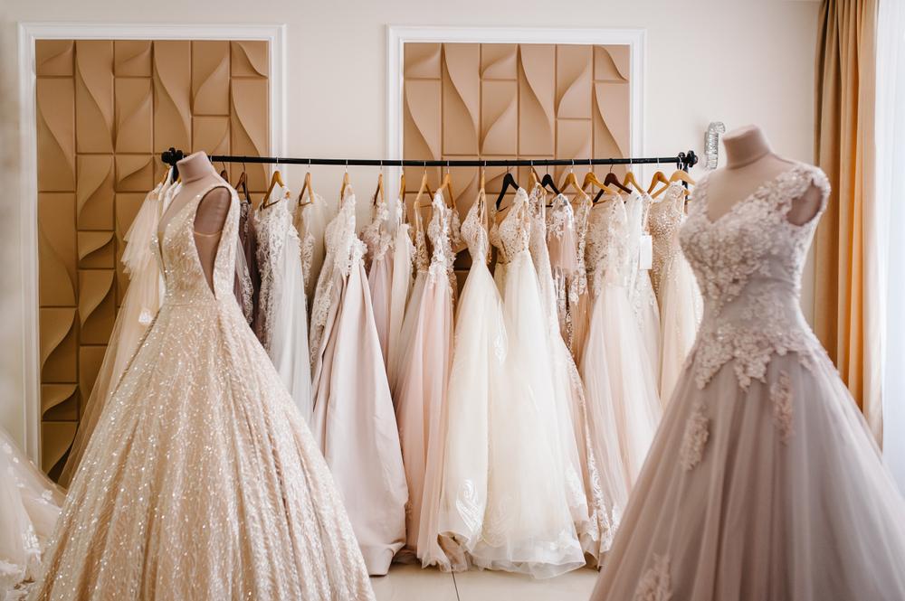 Pierwsza wizyta w salonie sukien ślubnych - zdjęcie 3