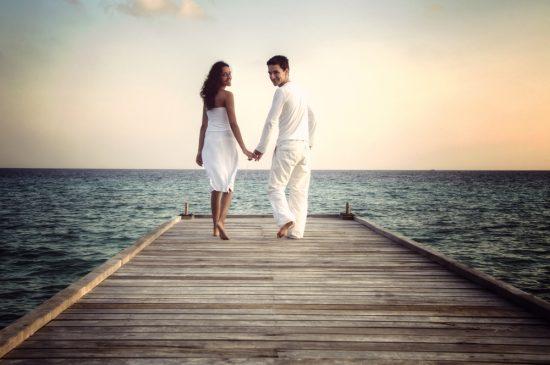 Kto płaci za podróż poślubną?